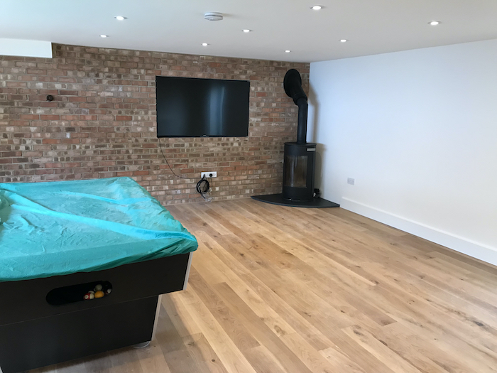 garage-conersion-to-pool-and-tv-room-in-cumnor-05